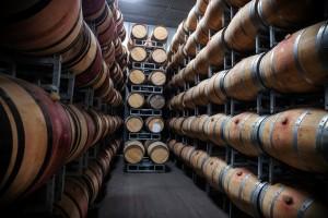 Pourquoi les fûts de vin rouge peuvent-ils être un atout pour le whisky ?