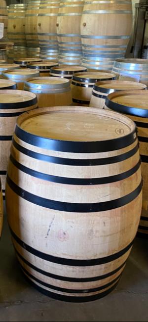 Le rôle du vin blanc dans la finition des spiritueux