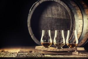 Alcool whisky, pourquoi utiliser des barriques pour produire du whisky ?